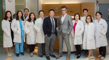 CUHK Receives an International Cancer Care Team Award Nominated by Patients