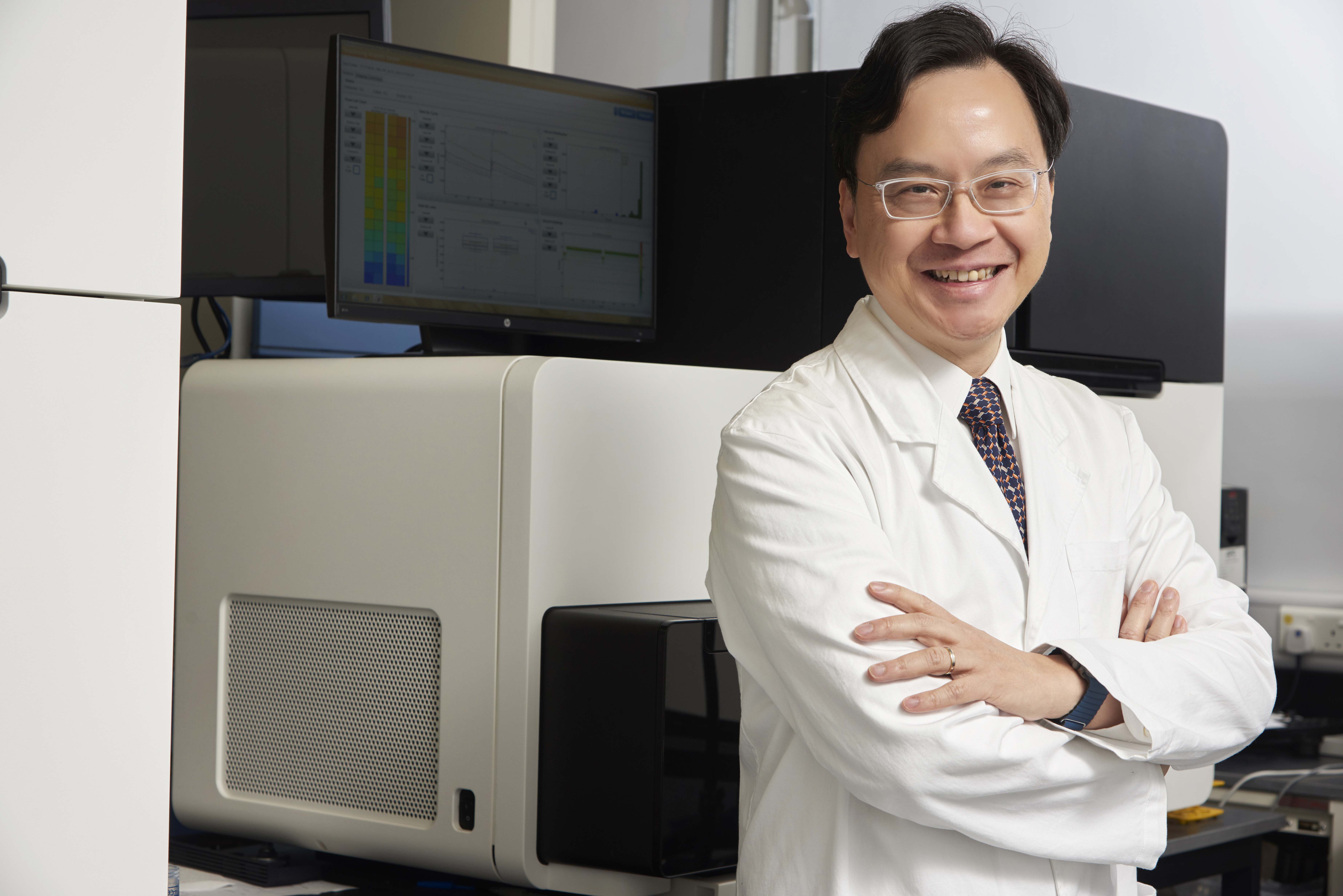 "Professor Dennis LO from the Faculty of Medicine at The Chinese University of Hong Kong has been named the ""Top 20 Translational Researchers of 2017"" recently by the world-renowned scientific journal Nature Biotechnology, for his achievement in developing a robust non-invasive prenatal test following his discovery of fetal DNA in maternal plasma. This is the second year that Professor Lo receives this honour and he is also the only Hong Kong scientist on the list."