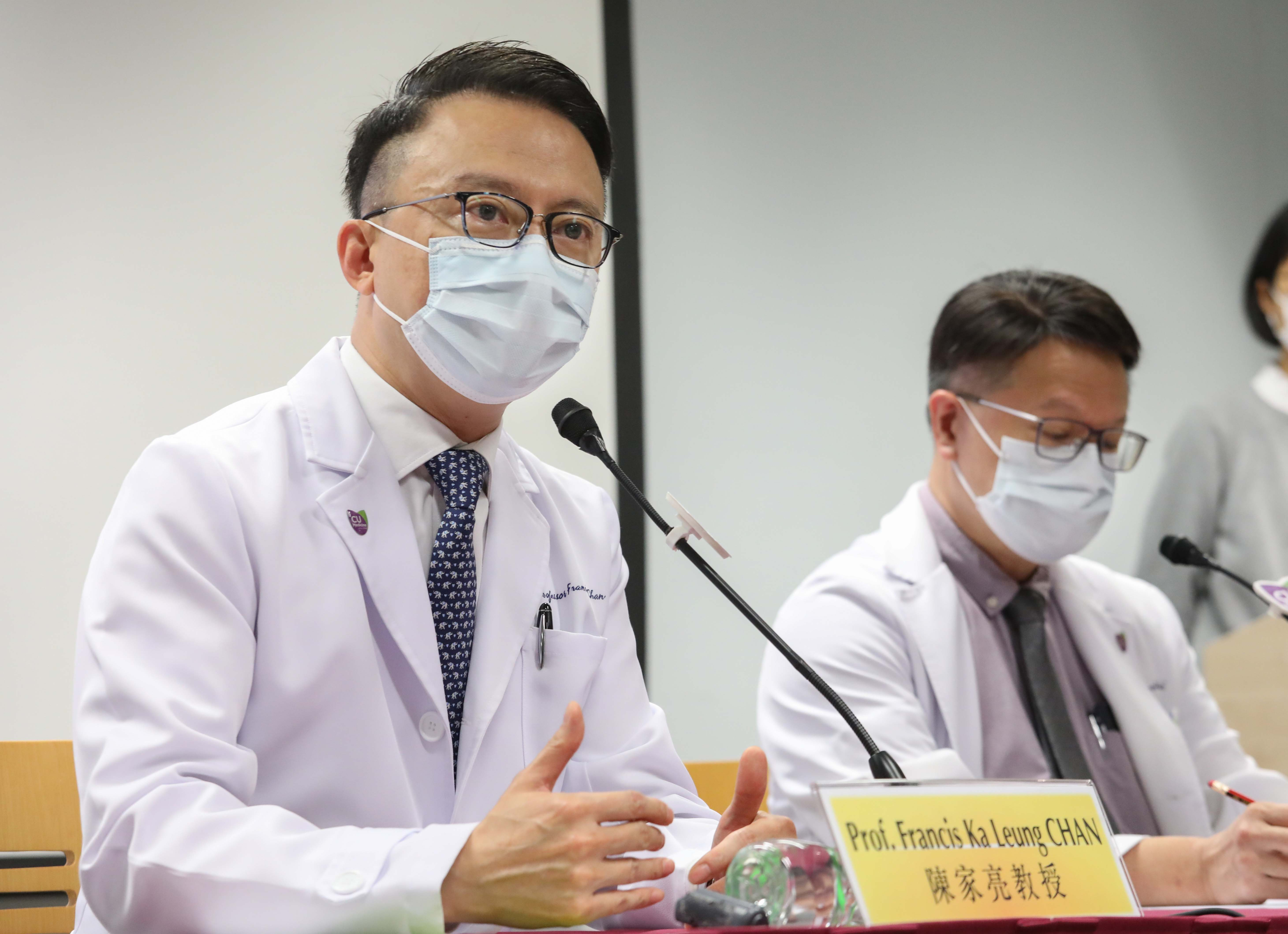 Prof. Francis CHAN reminds the public that virus shedding in stool may impose health hazard to others. Caretakers and food handlers should be particularly vigilant about their hand hygiene.
