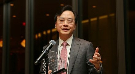 CUHK Professor Dennis Lo Received International Honour for Pioneering Research in Personalized Medicine